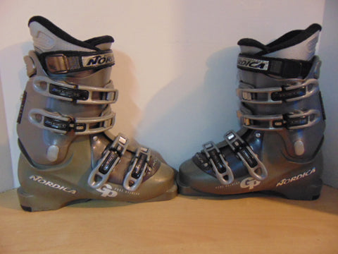 Ski Boots Mondo Size 24.0 Men's Size 6 Ladies Size 7 280 mm Nordica GP Overide Grey Sage Excellent