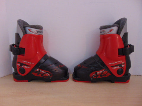 Ski Boots Mondo Size 16.5 Child Size 10 212 mm Toddler Tecno Pro Black Red