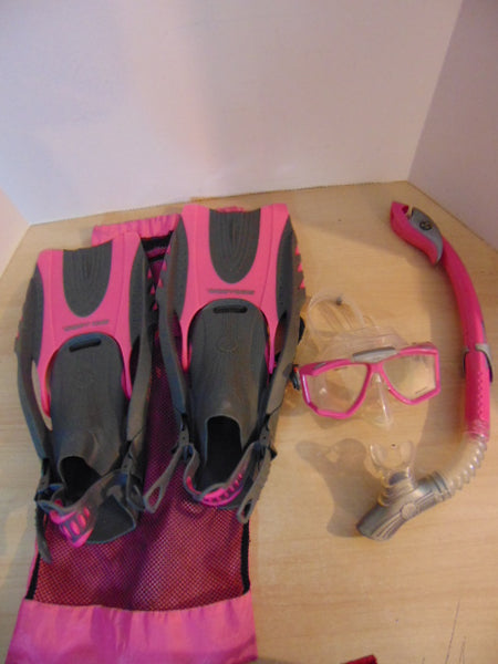 Snorkel Dive Fins Set Ladies Size 6-8.5 Shoe Size Sea Doo Pink and Grey Snorkel Set Excellent