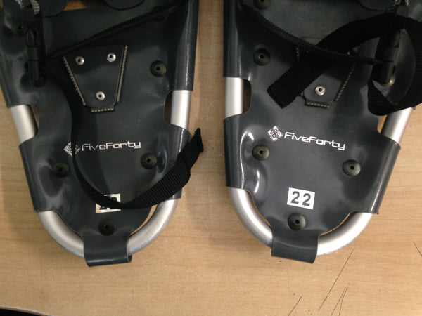 Snowshoes Adult Size 22 Up To 150 Lb Fiveforty Black Grey As New