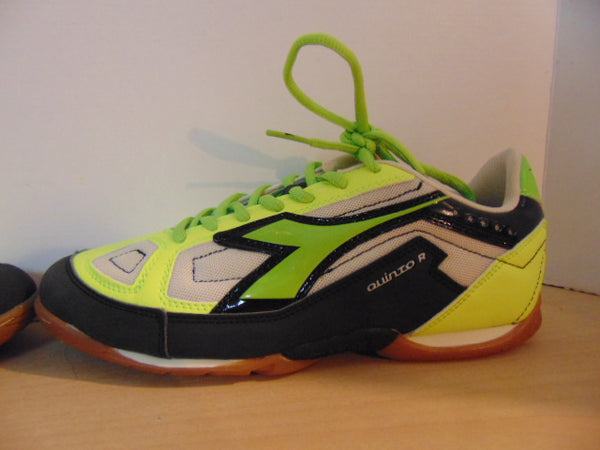 Soccer Shoes Cleats Men's Size 7 Turf Indoor Diadora Quinto New With Tags Black Yellow Lime