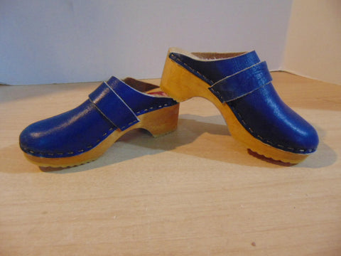Shoes Children's Size 11 Wallstrom Wood Leather Orthopedicaly Shaped for Back and Feet Clogs Blue