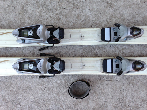Ski 146 Rossignol Passion Vanilla and Gold Parabolic Excellent With Bindings