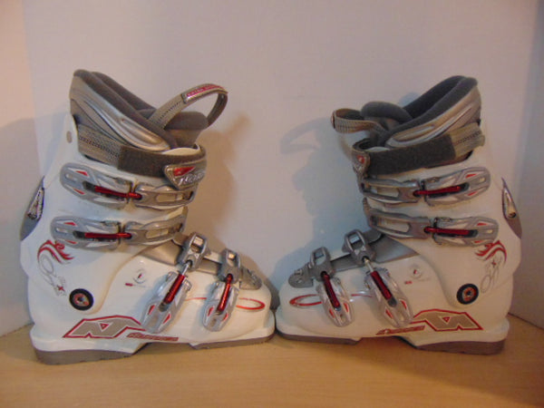 Ski Boots Mondo Size 23.5 Ladies Size 6.5 275 mm Nordica X6 White Red Grey Excellent