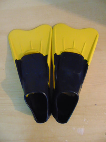 Snorkel Dive Fins Child Size 5-7 Shoe Size Floating Yellow Blue Swim Fins