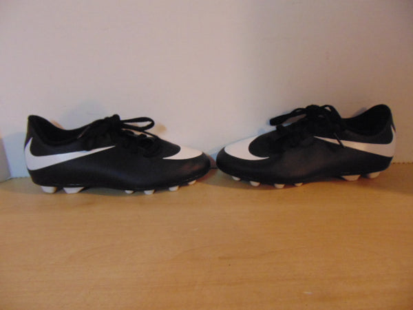 Soccer Shoes Cleats Child Size 1 Nike Swoosh Black White Excellent