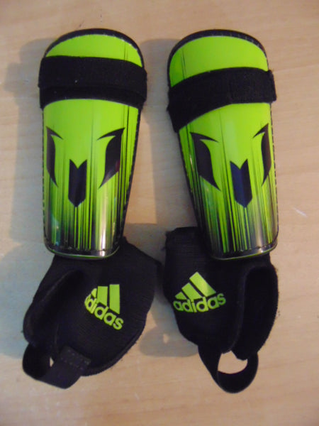 Soccer Shin Pads Child Size XXS Age 2-4 Adidas Black Lime