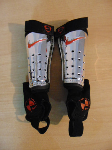 Soccer Shin Pads Child Size Small Age 4-6 Nike Black Red Chrome