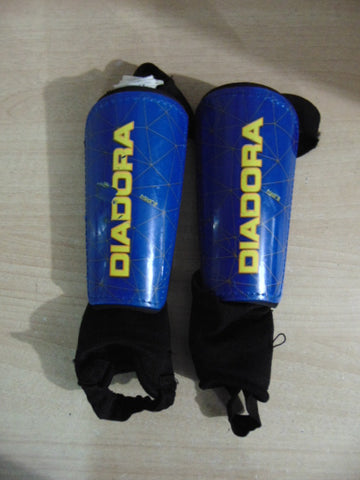 Soccer Shin Pads Child Size Small Diadora Blue Black Age 4-6