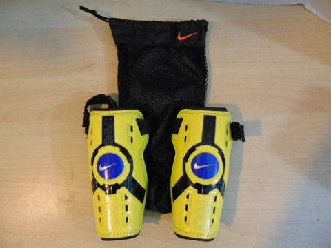 Soccer Shin Pads Child Size Medium Nike Total 90 Ages 6-8 Black Yellow