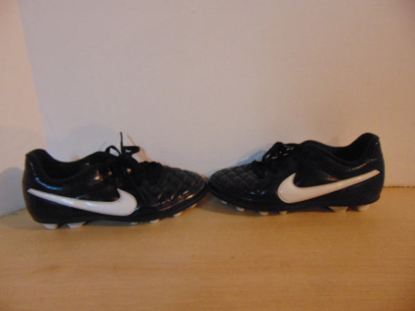 Soccer Shoes Cleats Child Size 13  Nike Tiempo Black White