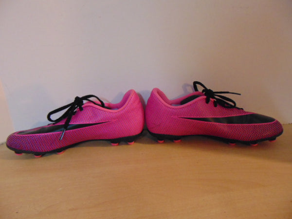 Soccer Shoes Cleats Child Size 6 Nike Fushia Black