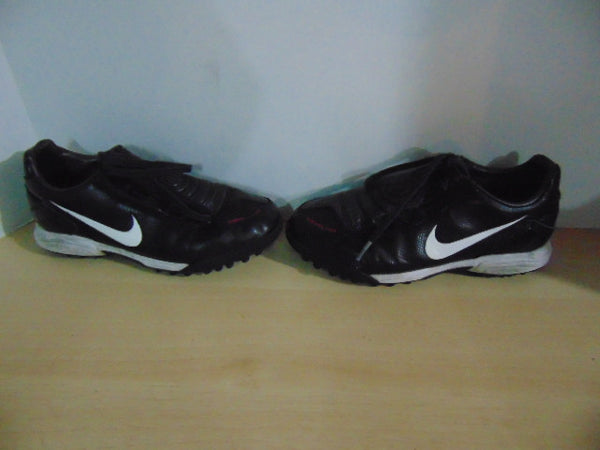 Soccer Shoes Cleats Indoor Child Size 4.5 Youth Nike Total 90 Black Red