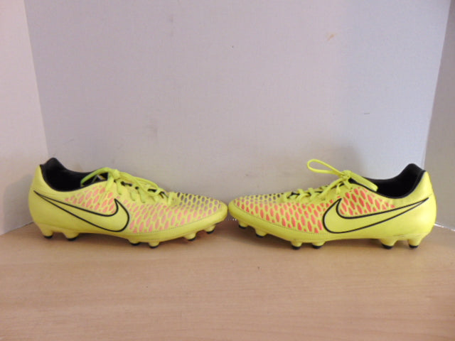 Soccer Shoes Cleats Men s Size 11 Nike Black Yellow Pink Minor Wear ... 528840f2e