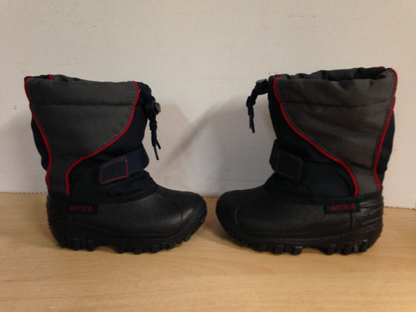 Winter Boots Child Size 8 Arctica Grey Black Red Excellent