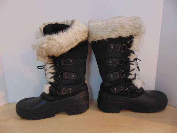 Winter Boots Child Size 4 Grey Wolf Black With Faux Fur Excellent