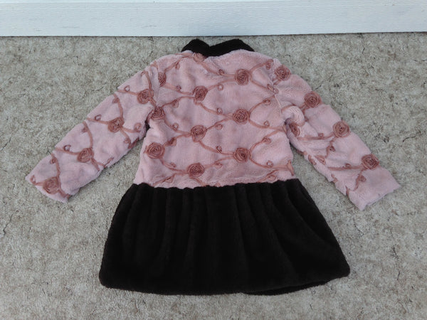 Winter Coat Child Size 6 Magpie Designer Roses Plush Super Cute and Cozy Dress Coat As New