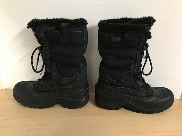 Winter Boots Child size 2 The North Face Black With Faux Fur Minor Wear