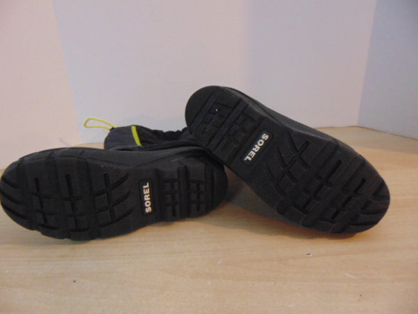 Winter Boots Child Size 4 Sorel With Liner Grey Black Lime As New
