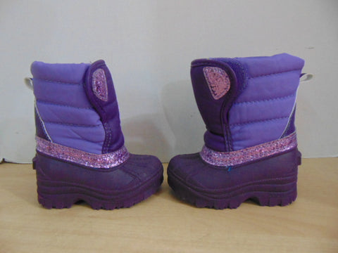 Winter Boots Child Size 5 Infant Toddler Purple With Glitter Easy Open As New