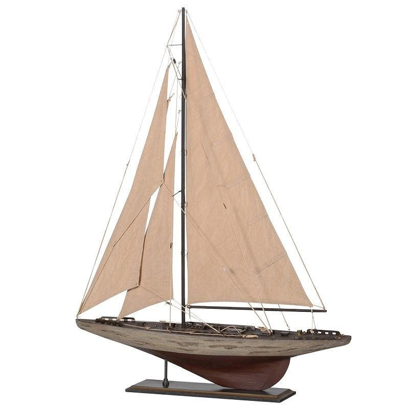 Breezy Sails Yacht Model