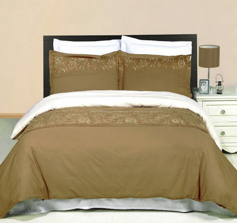 King/Calking Geneva Embroidered 3-Piece Duvet cover Set