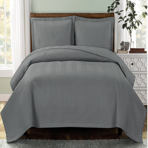 King/Calking Gray Chervon Oversize Coverlet/Bedspread Set