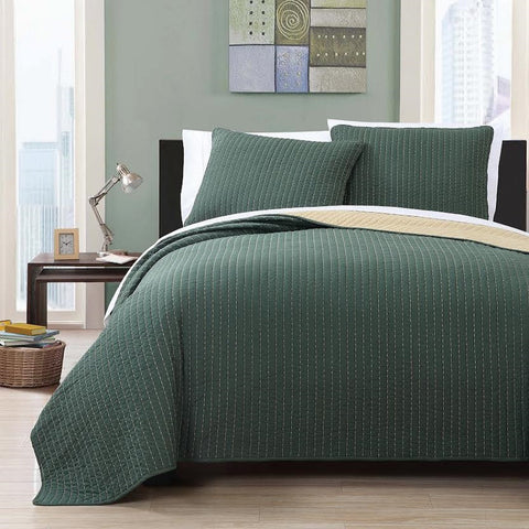 King/Calking Forest Green/Gold  Oversized Reversible Quilted Coverlet Set