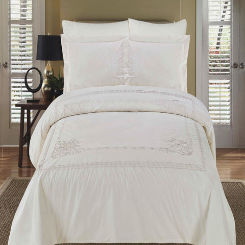King/Calking White Embroidered 3-Piece Duvet cover Set