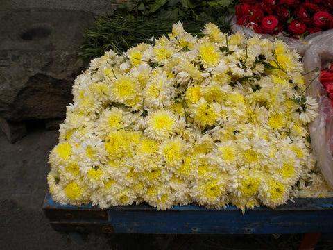 Sewant Flowers on cart in India