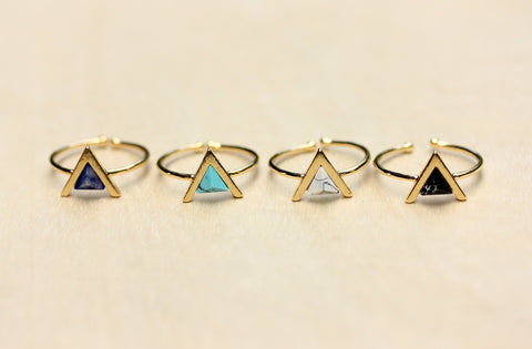 Gemstone Split Ring Arrow
