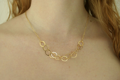 Pretty Gold Circles Necklace