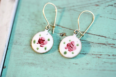 Vintage Drop Earrings Pink