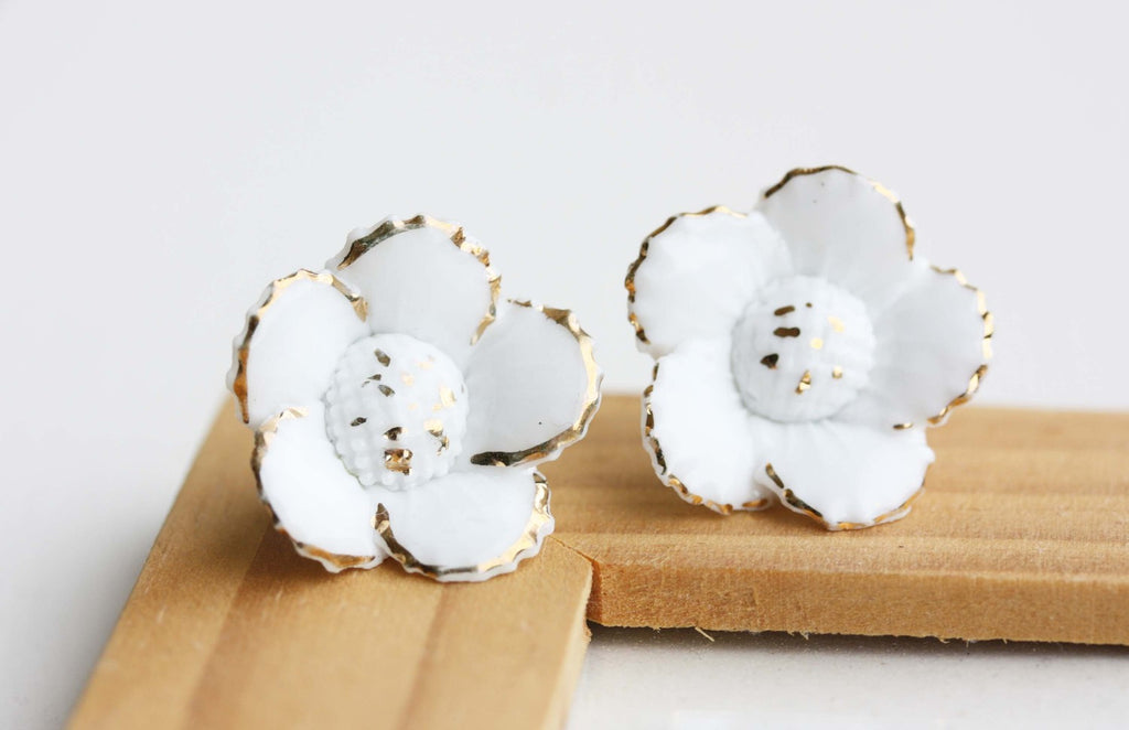Large White Flower Studs