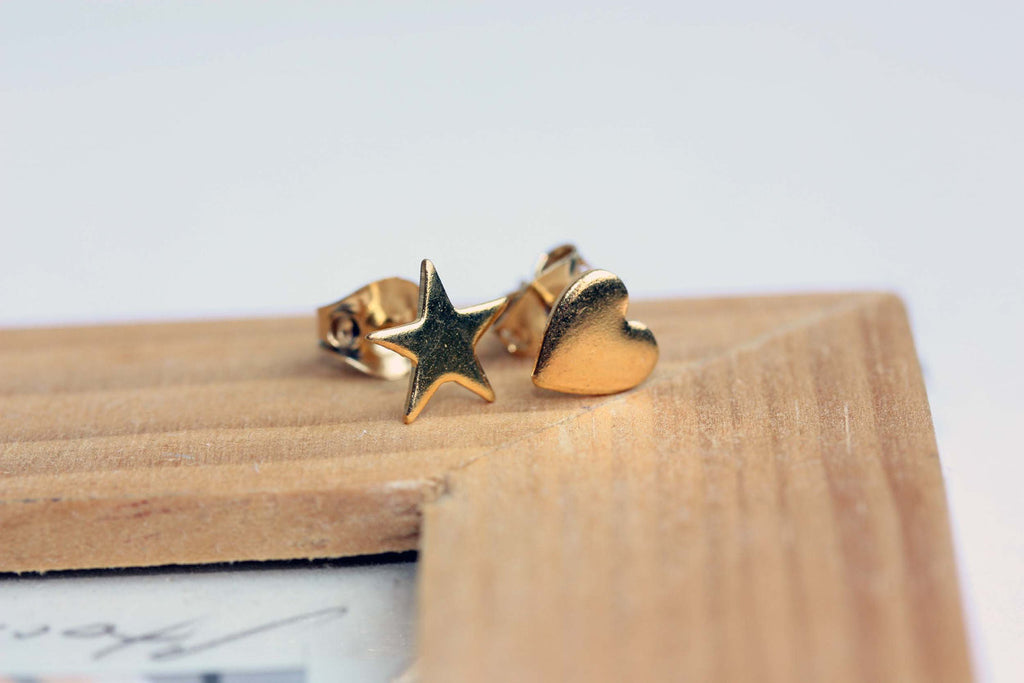 Mismatched Heart and Star Stud Earrings