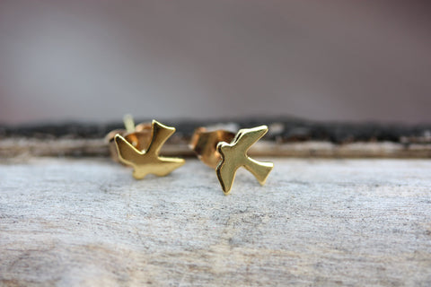 Tiny Gold Sparrow Studs