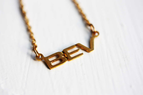 Vintage Name Necklace - Bev