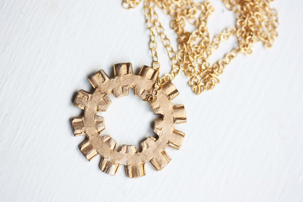 Gold Spoke Necklace