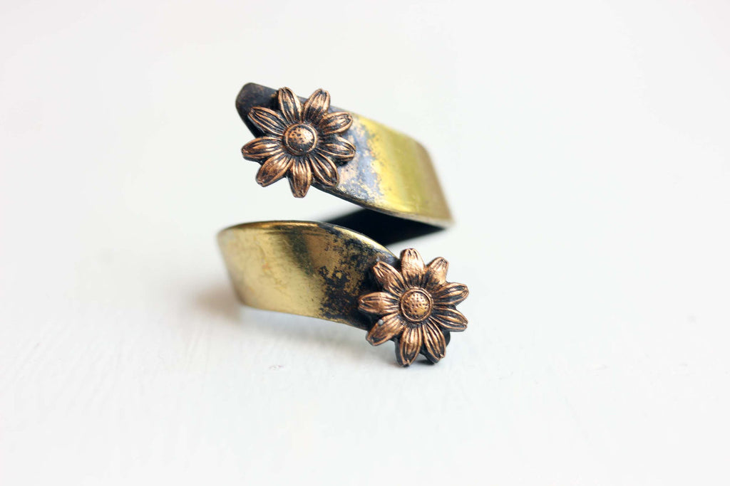 Daisy Twist Ring
