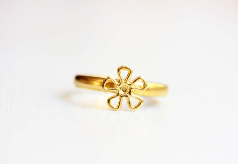 Wire Daisy Ring