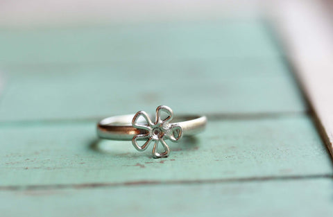 Silver Daisy Wire Ring