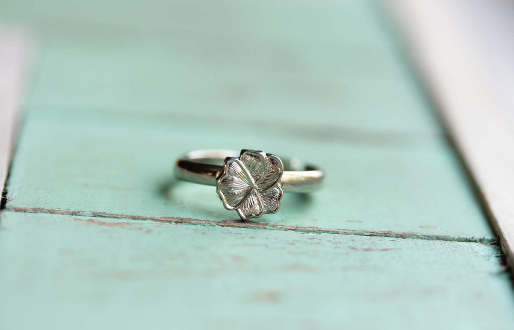 Tiny Silver Flower Ring