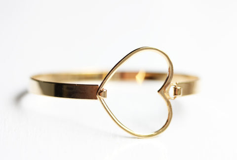 Gold Heart Hook Bracelet