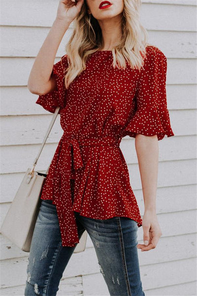 Red Wavy Point Round Collar Middle Sleeve Trim Shirt