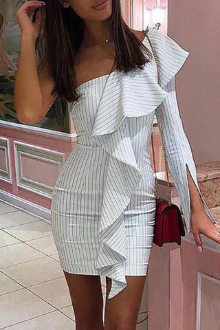 Casual Sexy Off The   Shoulder Slim Falbala  Strips Mini   Dresses