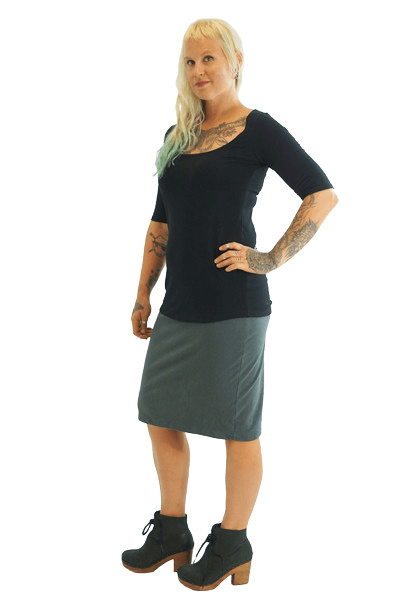 Fitted Comfy Skirt :: Knee Length
