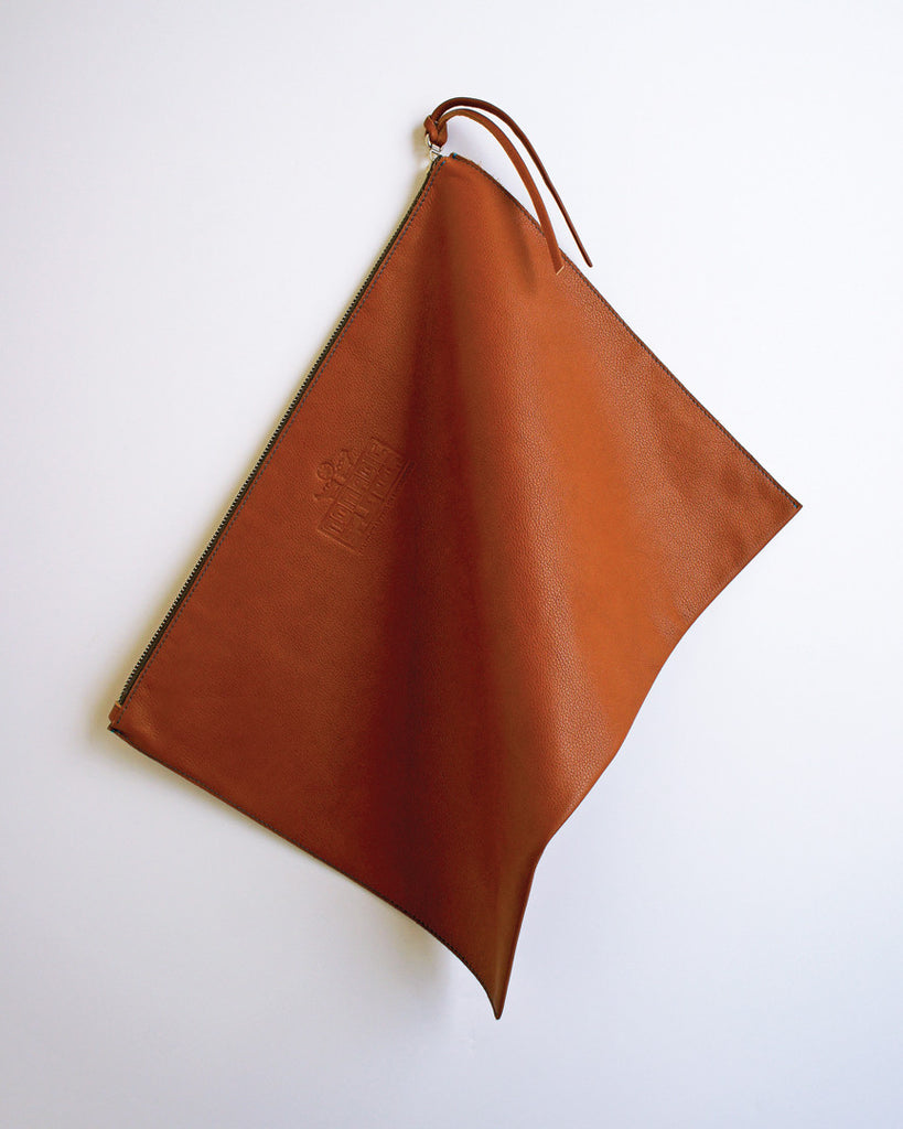 Hangai Clutch in Caramel