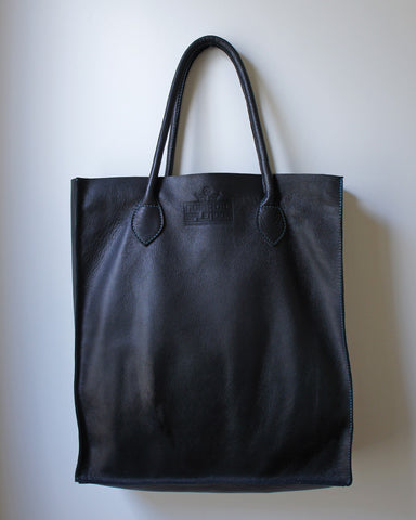 Gobi Shopper Tote Bag in Black