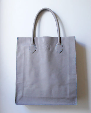 Gobi Shopper Tote Bag in Matte Grey