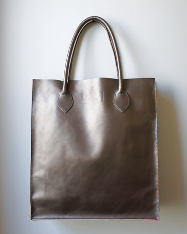 Gobi Shopper Tote Bag in Silver Grey